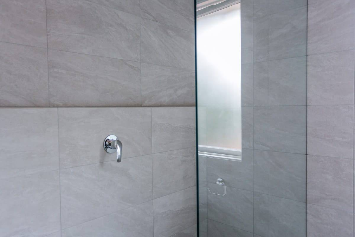 Bathroom-Renovation-Sydney-with-glass-shower-screen-and-Grohe-mixer