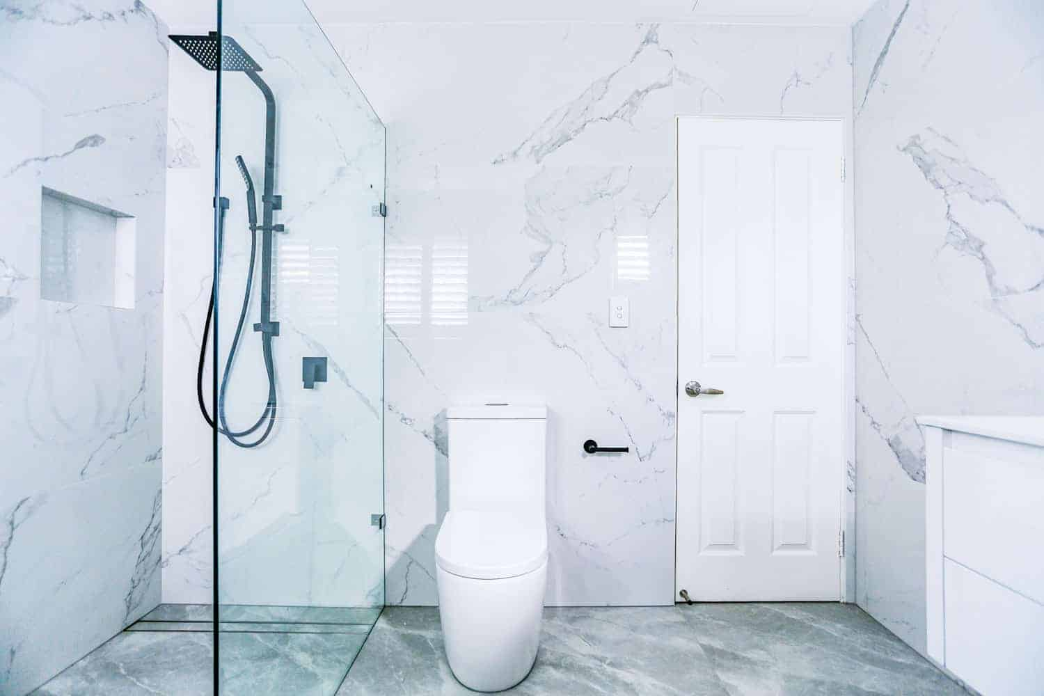 Nu-Trend-Sydney-Bathroom-Renovation-with-KDK-023-back-endtry-china-cistern-toilet