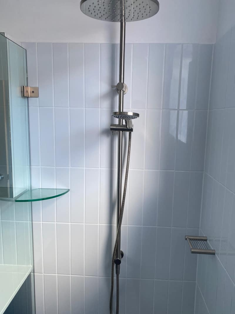What-does-poor-quality-bathroom-renovation-look-like-shower-head