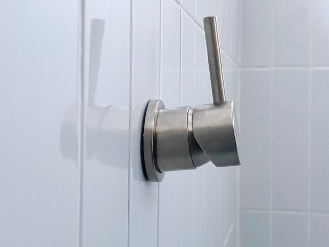 What-does-poor-quality-bathroom-renovation-look-like-shower-mixer