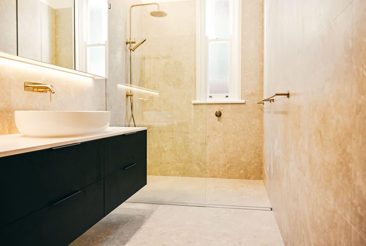 Luxury-Master-Bathroom-Renovator-in-Sydney-Pietro-Lombarda-tiles