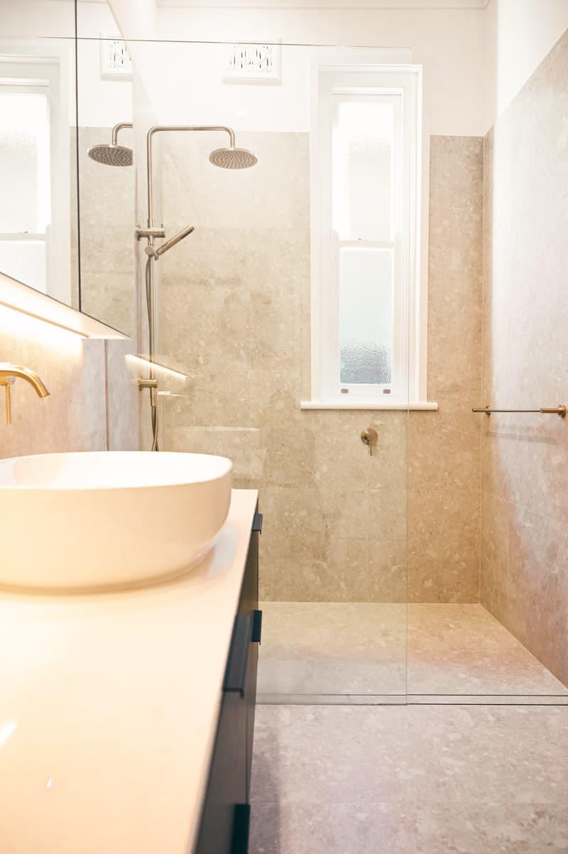 Luxury-Master-Bathroom-Renovator-in-Sydney-for-full-room-renovations