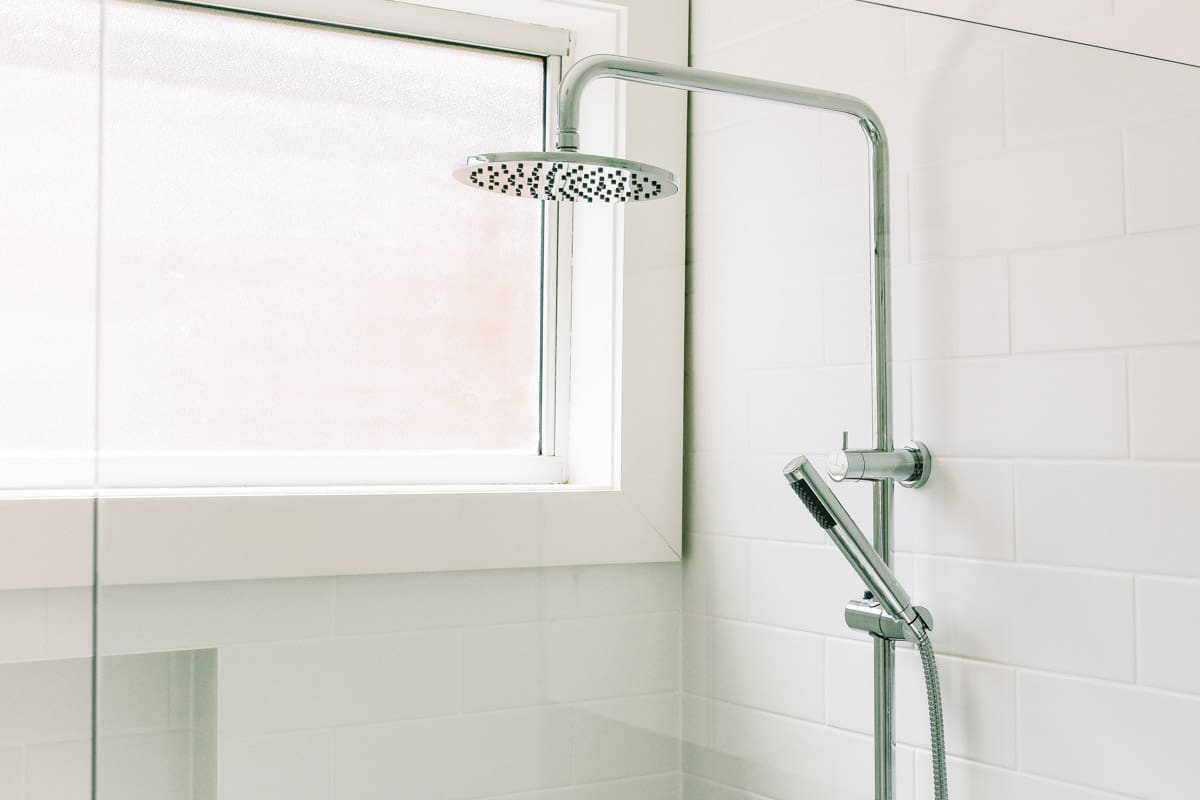 Master-Bathroom-Renovation-in-Sutherland-with-COMO-Shower-Bath-Wall-Mixer-Chrome-Nero-Nova-Round-Twin-Shower-Set-Slim-Hand-Shower-Chrome