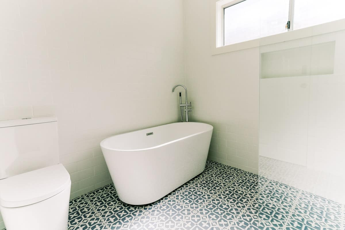 Master-Bathroom-Renovation-in-Sutherland-with-new-floor-tiles-and-BELLO-Oval-Free-Standing-Bathtub