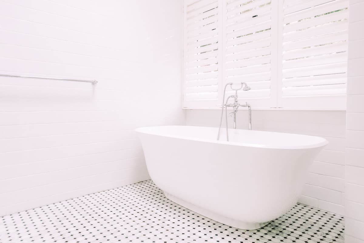 Master-Bathroom-Renovation-With-free-standing-Victoria-Albert-bath-tub-Design-in-Sydney