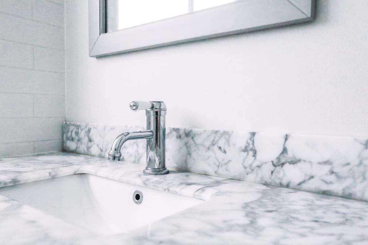 Nu-Trend-Kid-Friendly-Bathroom-Renovation-Designer-in-Sydney-with-custom-mirror