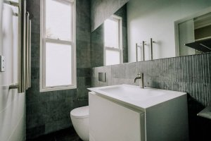 Sydney-Ensuite-Bathroom-Renovation-Company-using-Boffi-sink-and-toilet