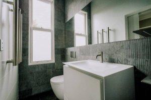 Sydney-Ensuite-Bathroom-Renovation-Company-using-Boffi-sink-and-toilet