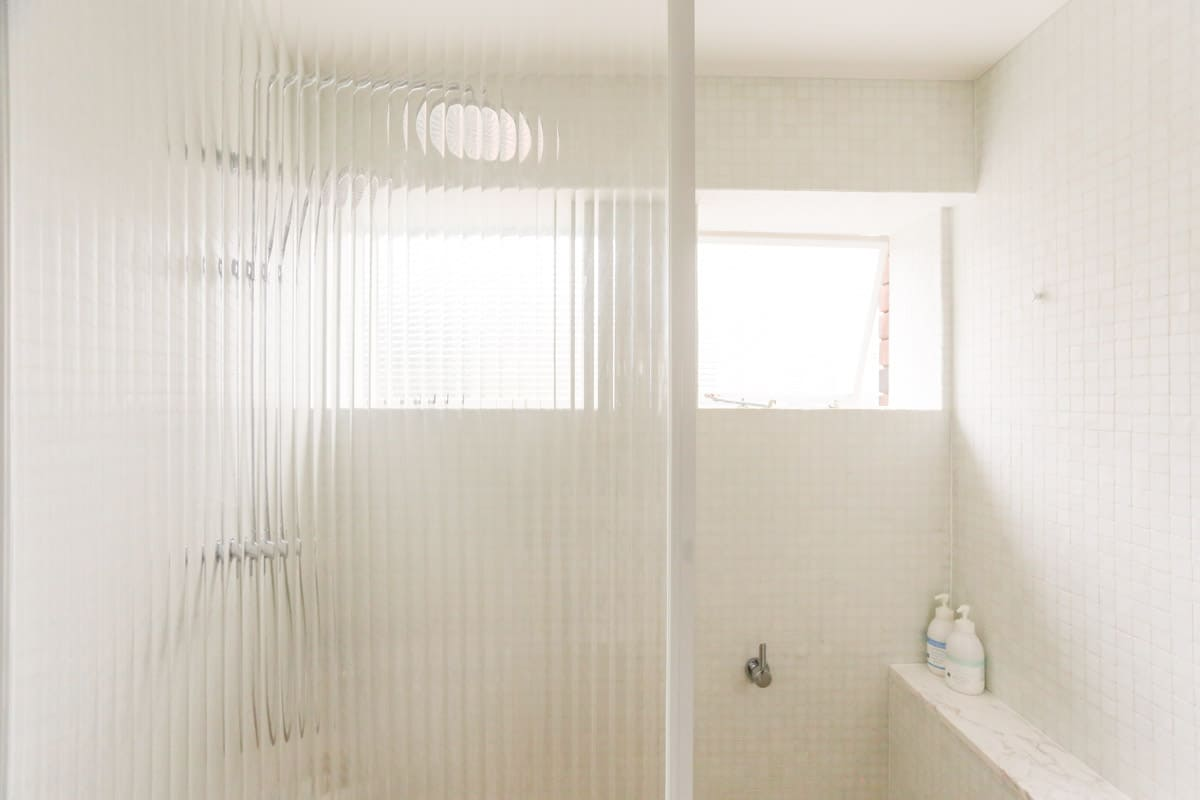 Luxury unit bathroom renovations in Sydney installed by Nu-Trend (7 of 10)