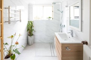 Small-Unit-Bathroom-Renovation-in-Gymea-Sydney-with-American-oak-ABS-600-vanity-basin