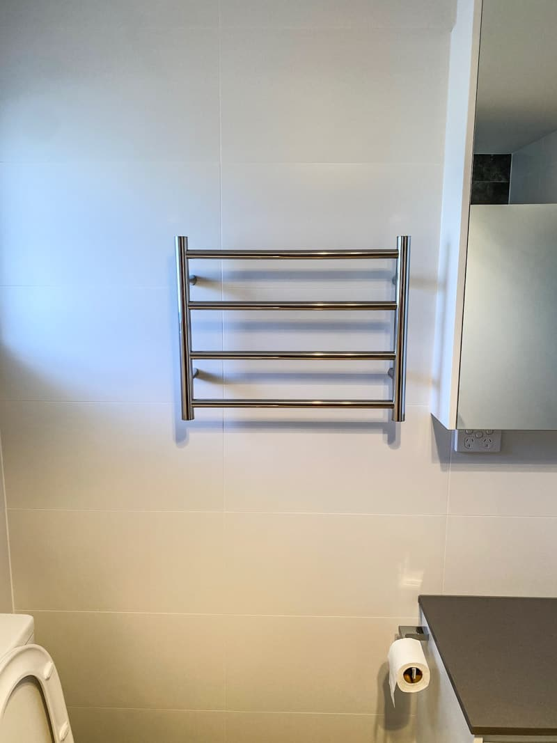 Why you should avoid cheap bathroom renovation quotes in Sydney to have accessories installed correctly