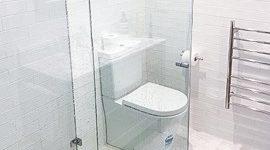 The kids bathroom shower area of a triple bathroom renovation in Sydney by Nu-Trend
